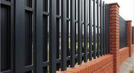 Забор из евроштакетника с двухсторонним заполнением и окраской в стандартный цвет
